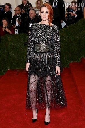 Кристен Стюарт в наряде от Chanel