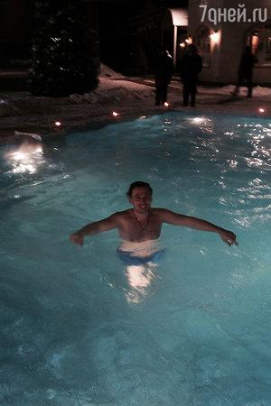 Руслан Алехно искупался на Крещение