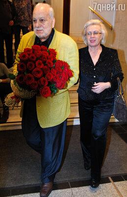Бедрос Киркоров с супругой