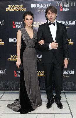 Сати Казанова и Роман Емельянов (программный директор «Русского Радио»)