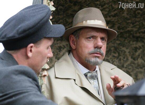 Александр Мохов на съемках сериала «Пока станица спит»