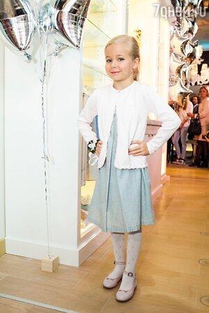 Юные модели показа новой коллекции бренда