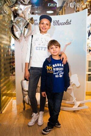 Маша Цигаль с сыном