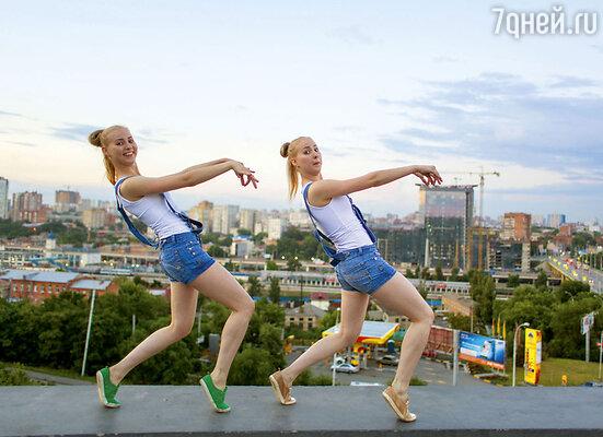 17-летние близнецы Виктория и Анастасия Михайлец из Ростова-на-Дону