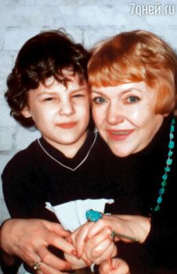 С внуком Давидом, 2002 год