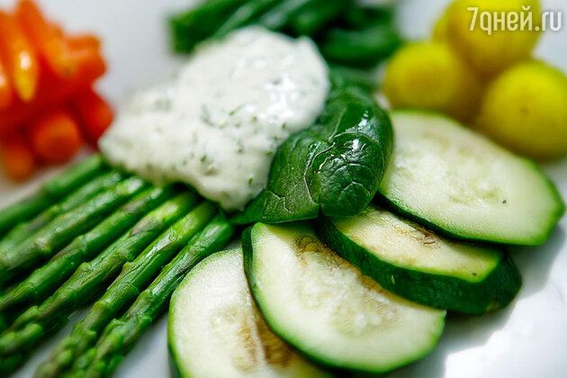 Паровые овощи с легким соусом