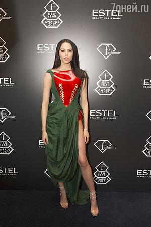 Самое экстравагантное платье
