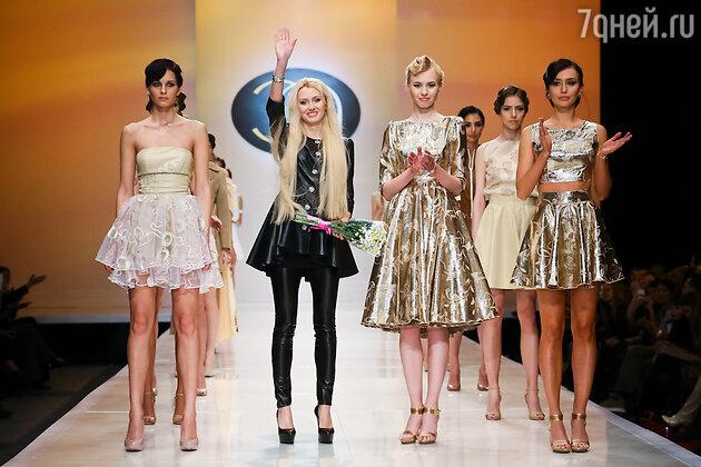 28 марта дизайнер бренда ELEONORA AMOSOVA представит новую коллекцию