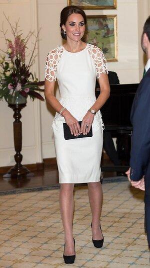 Кейт Миддлтон в платье от Lela Rose