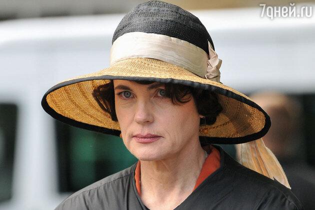 Элизабет Макговерн в сериале «Аббатство Даунтон»
