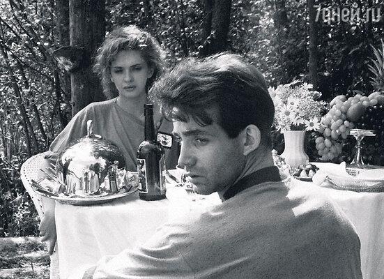Ольга Дроздова и Дмитрий Певцов познакомились на съемках фильма «Прогулка по эшафоту». 1992 г.