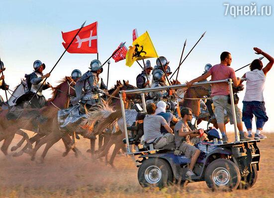 Съемка одной из батальных сценобошлась продюсерам сериала вполмиллиона долларов и стала самой дорогой в истории турецкого телевидения