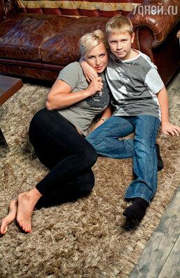 Наталья Рагозина с сыном
