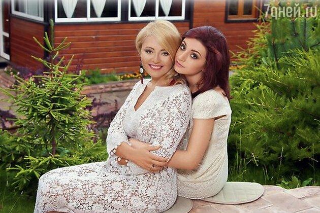 Анжелика Варум и Лиза