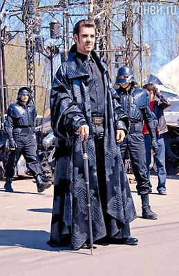 Дмитрий Дюжев был несколько удивлен, когда режиссер увидел его в роли Клавдия