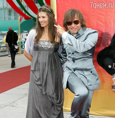 Илья Лагутенко с женой Анной