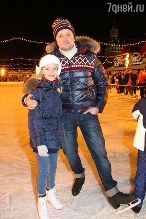 Артем Михалков с дочкой Наташей