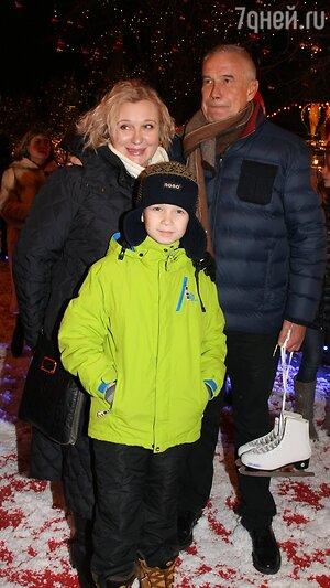 Сергей Гармаш с женой Инной и сыном Ваней