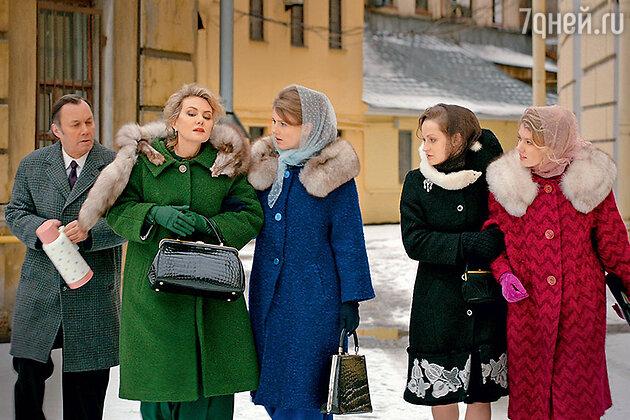 Рената Литвинова, Софья Заика, Яна Сексте, Ульяна Добровская и Василий Горчаков