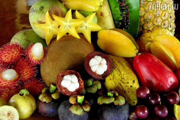 Мякоть экзотических плодов добавляют в салаты, горячие закуски, йогурты и делают из нее шербеты, вино и мороженое