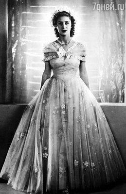 Принцесса Маргарет, родная сестра британской королевы Елизаветы,  настолько прониклась к Нине симпатией, что предложила ей сердечную дружбу. С тех пор женщины и в самом деле часто виделись