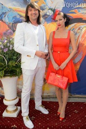 Николай Тимофеев с женой