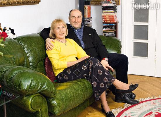 «У меня два неудачных брака за плечами, но 35 лет назад я встретил Викторию»