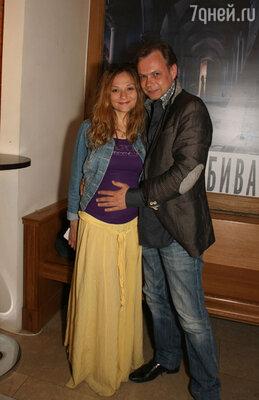 В октябре Владимир станет отцом, причем, уже точно известно, что родится девочка…