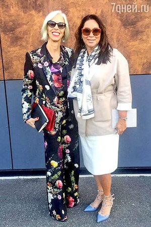 Алла Вербер и Линда Фарго (фэшн-директор одного из крупнейших универмагов Нью-Йорка) перед показом Kenzo