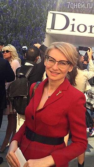 Эвелина Хромченко на показе Dior