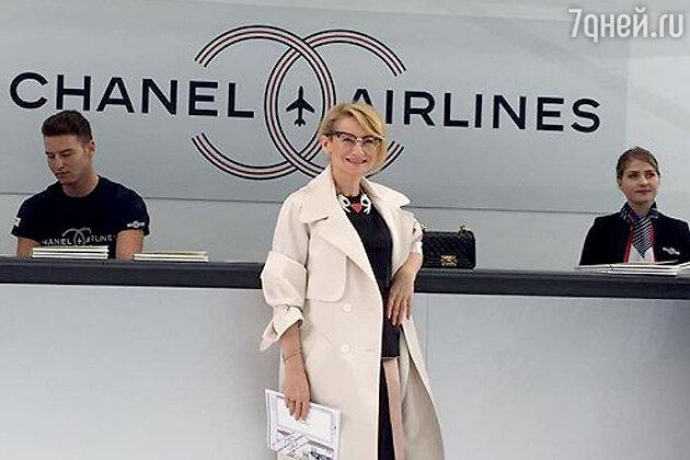 Эвелина Хромченко на показе Chanel
