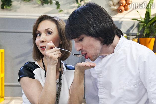Лена Усанова