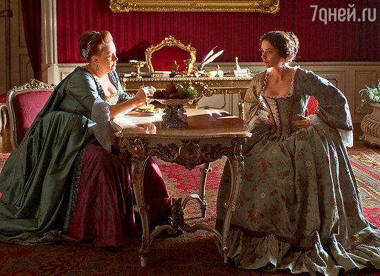 Императрица Елизавета (Юлия Ауг) видела в Екатерине только мать своего внука
