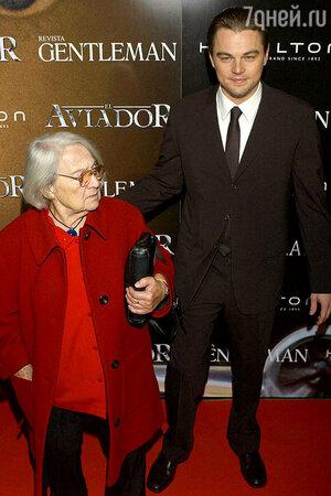 Леонардо Ди Каприо с бабушкой Еленой Степановной Смирновой