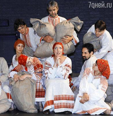 Спектакль «Гоголь. Вечера. Часть I» (Центр им. Мейерхольда)