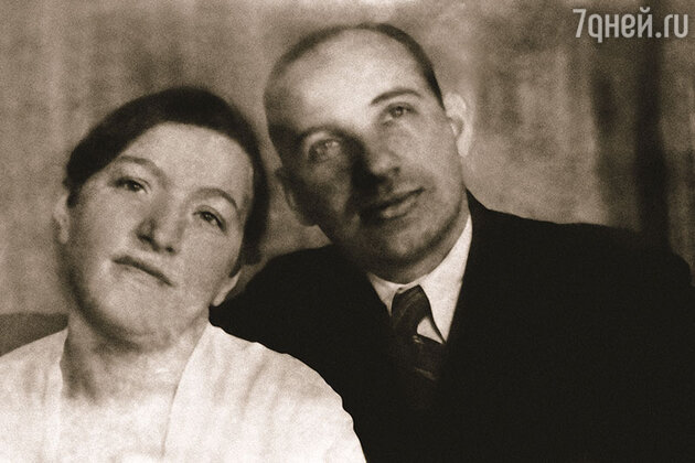 Родители Савелия Крамарова