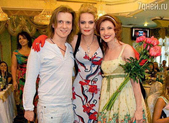 Поздравления от супружеской четы Анастасии Макеевой и Глеба Матвейчука