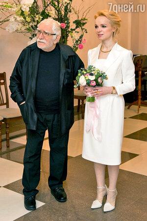 Армен Джигарханян, Виталина Цымбалюк-Романовская