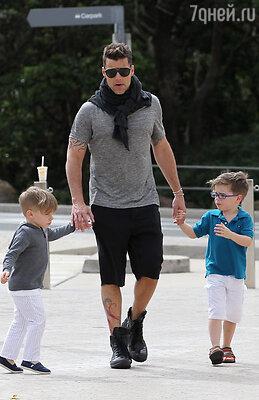 Рики Мартин с сыновьями Маттео и Валентино