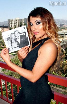 Лопес порвала с Каспером после сексуального скандала: танцор изменил ей спорноактрисой Софи Виссой, и их интимная переписка стала достоянием общественности. Июнь 2014 г.