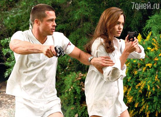 На съемках «Мистера и миссис Смит» соревнование Питта и Джоли закончилось романом. 2005 г.