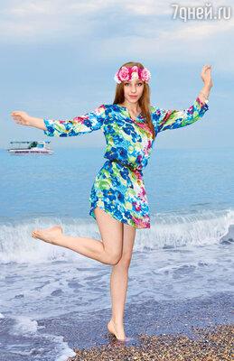 Лиза Арзамасова окончила первый курс продюсерского факультета на пятерки изаслужила каникулы на море