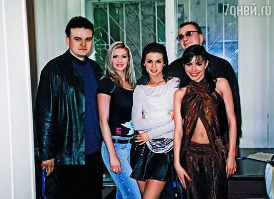 «ВИА Гра» с продюсерами Дмитрием Костюком (слева) и Константином Меладзе