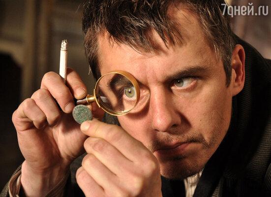 Во время съемок Игорю Петренко приходилось через лупу рассматривать тараканов и пауков в банках