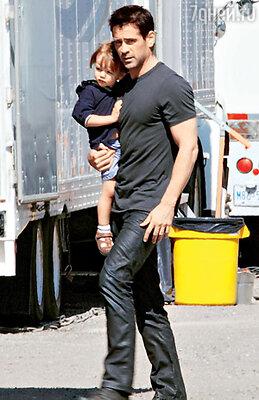 С младшим сыном Генри. 14 июля 2011 г.