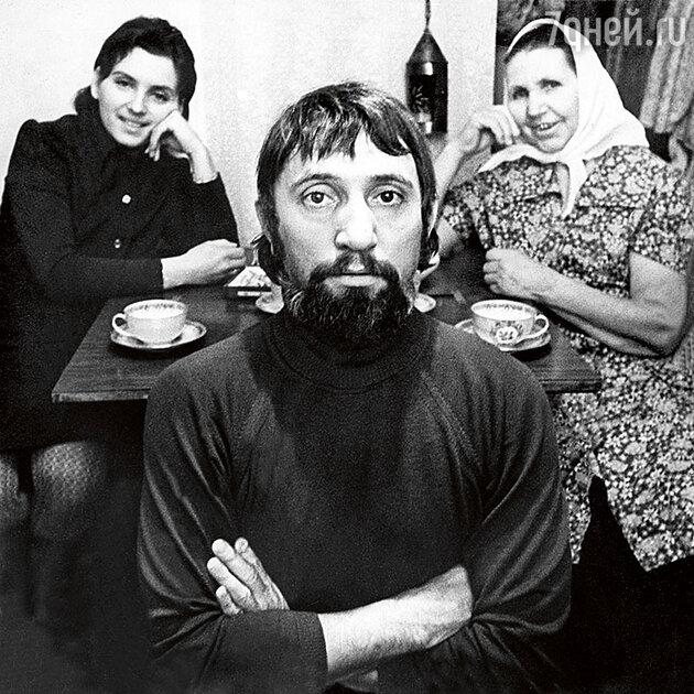 Виктор Мережко с мамой Александрой Ефимовной и женой Тамарой