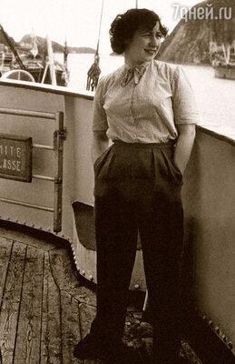 Марио был один из немногих, кто помнил Рину синьориной Филиппини, молоденькой студенткой консерватории