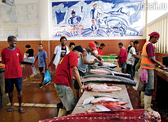 Живописнейший рыбный рынок открыт с раннего утра до заката солнца