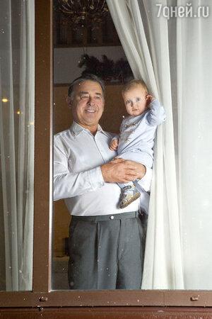 Отец Марии Ситтель  с внуком Колей