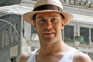 Алексей Морозов: «Мы смогли выпить шампанское под водой только с девятого дубля»